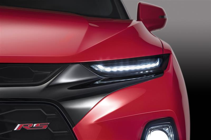 2019 Chevrolet Blazer photo 04 800