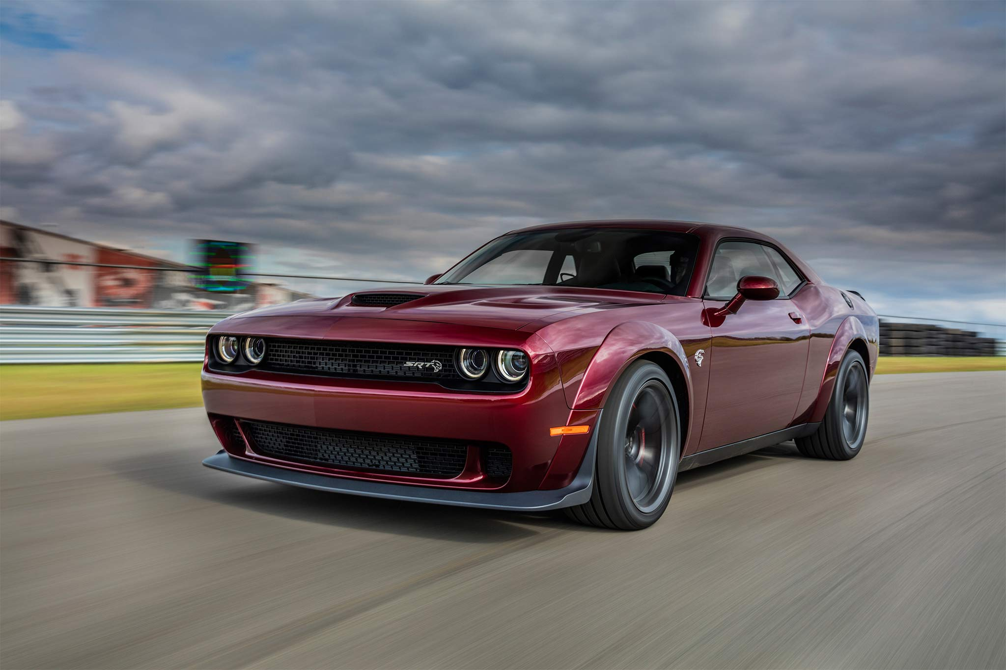 2018 Dodge Challenger SRT Hellcat front three quarter in motion 02